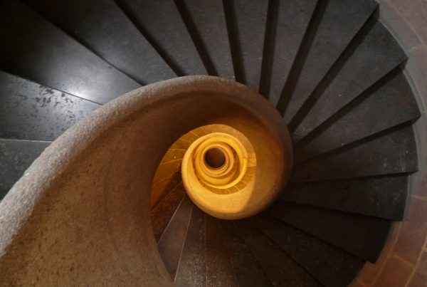 stairs-8443_1920